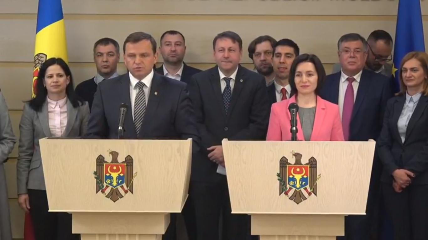 Blocul politic ACUM îl propune pe A.Năstase la funcția de președinte al Parlamentului, iar pe M.Sandu la cea de prim-ministru