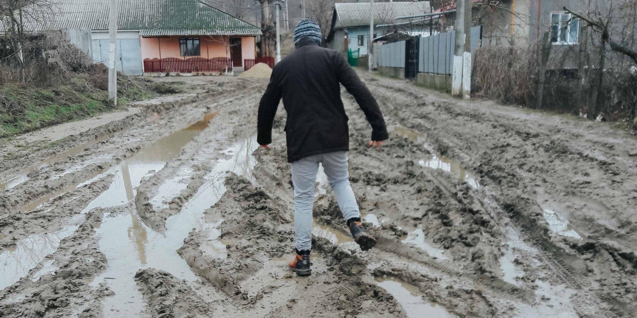 Voldemar Crețosu// Am ajuns balabolu satului…