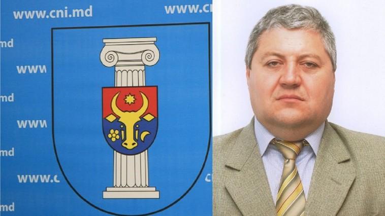 Un primar din r-nul Rîșcani, sancționat de ANI. I-a dat în arendă un lot de teren fiului său