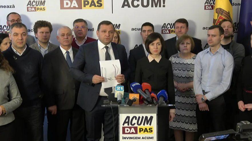 DOC   Deputații de la ACUM cer reluarea imediată a ședinței Parlamentului. I-au trimis o scrisoare lui Eduard Smirnov
