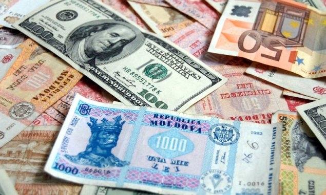 Banii trimişi acasă, din ţările mai bogate spre cele de origine, au atins un nivel record