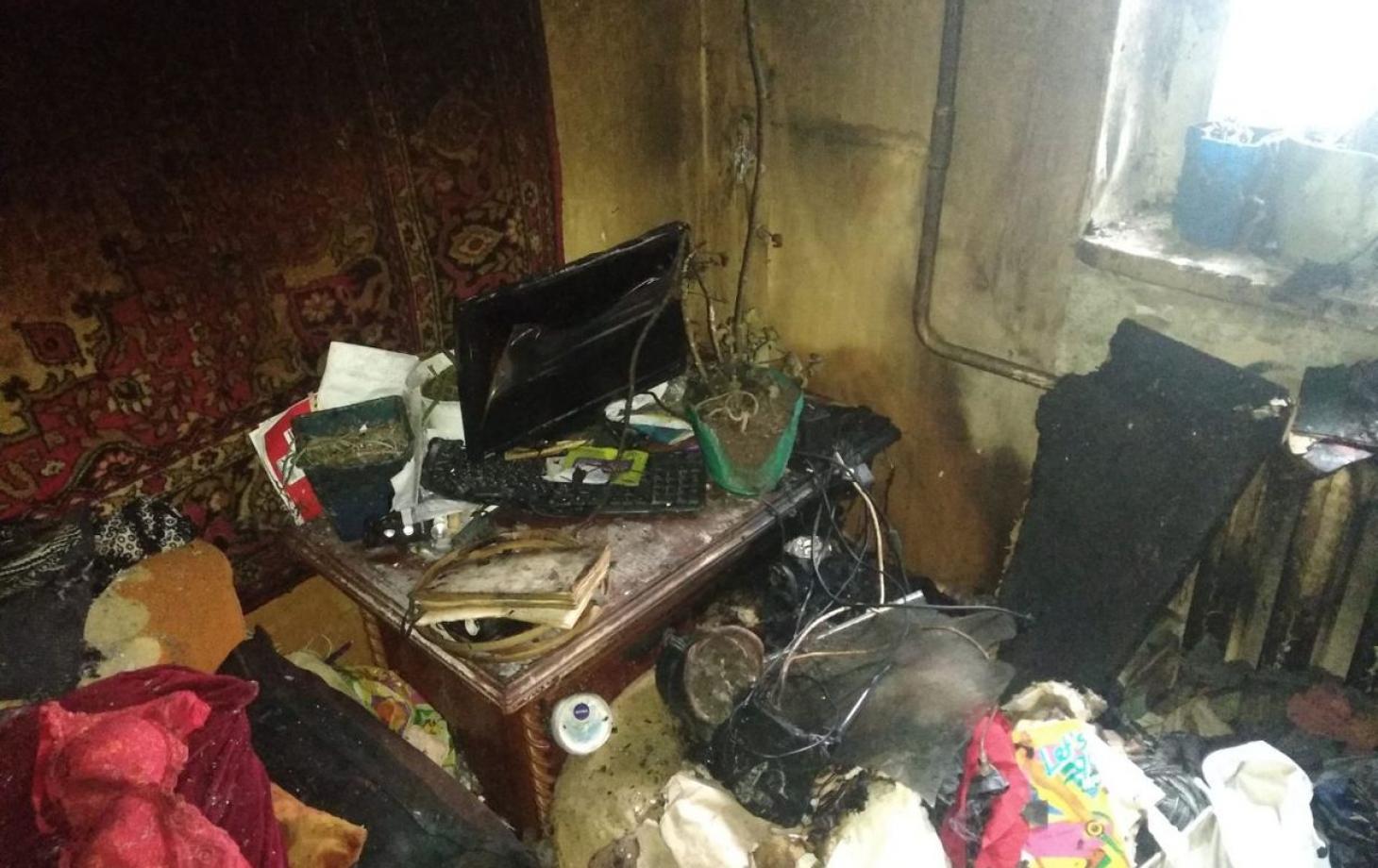 FOTO | Un incendiu s-a produs într-un fost cămin din Bălți