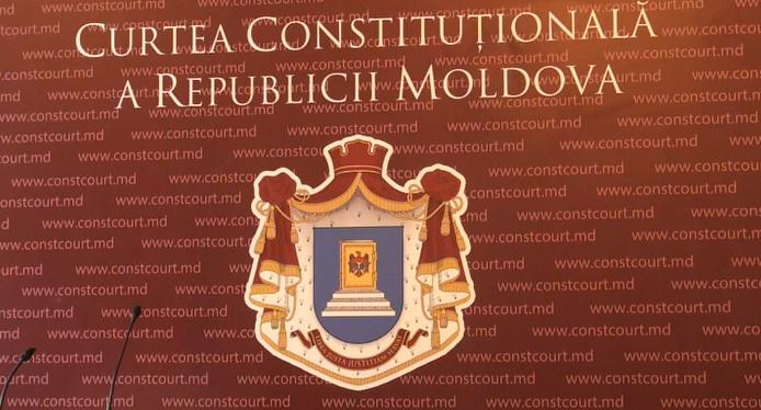 Curtea Constitituțională îi strică lui Dodon jocul de-a premierul