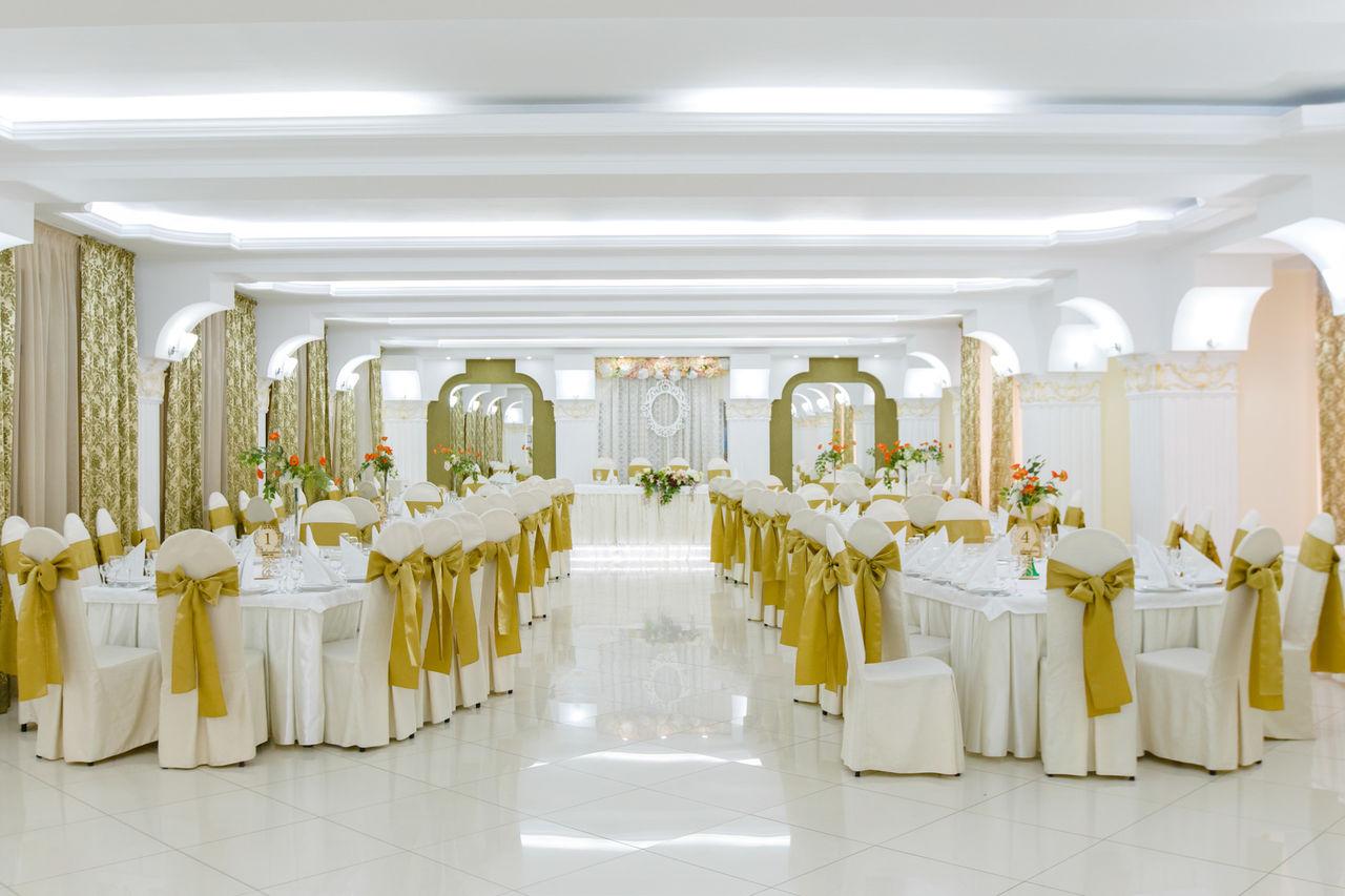 Voldemar Crețosu// Frumoase-s nunțile la Moldova… și scumpe…