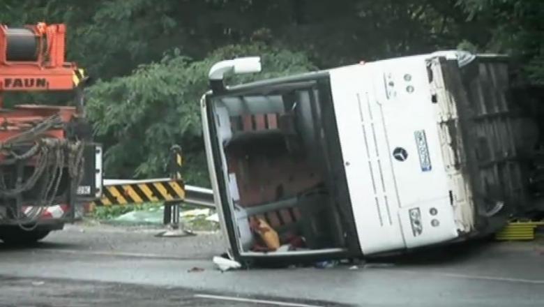 Un autocar cu  turişti s-a răsturnat în Italia. Printre victime se numără un bărbat şi o femeie din Republica Moldova
