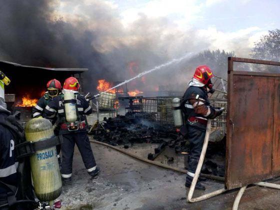 Două persoane au murit în urma unei explozii într-un bloc de apartamente din Rusia