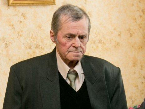 A murit scriitorul Petru Cărare