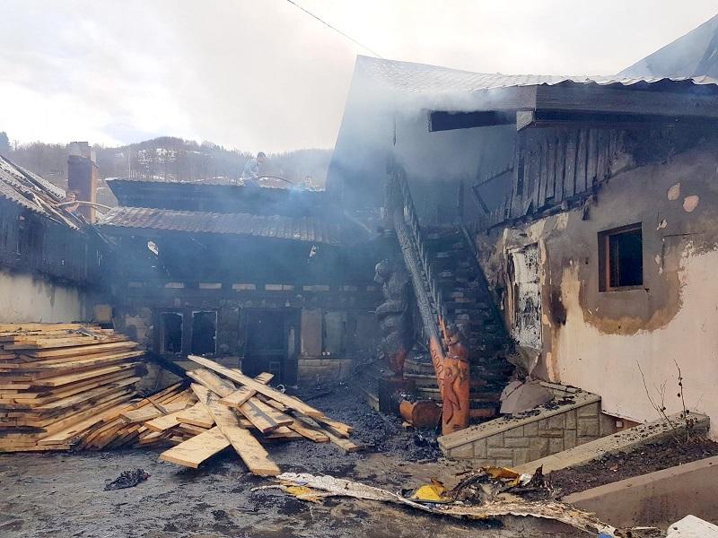 Două incendii s-au produs în dimineața zilei de 2 mai în nordul țării