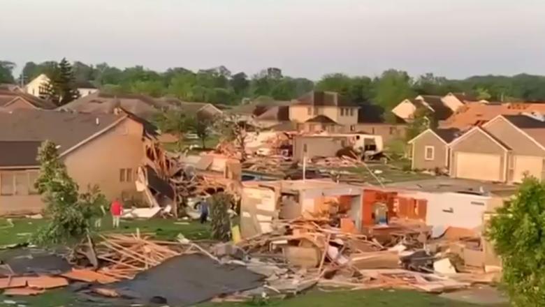 Zece localități aproape că au dispărut după devastatoarele tornade din SUA