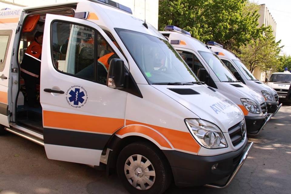 Aproape 2000 de persoane au fost internate în spitale în ultimele zile
