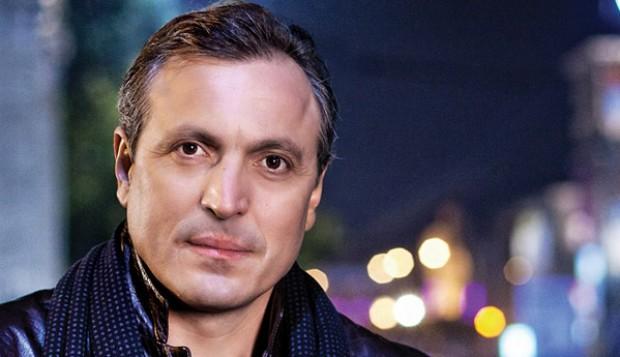 """Curiozitatea curiozității! Știați că.. actorul moldovean, Igor Chistol, a jucat rolul unui profesor în serialul """"Univer""""?"""