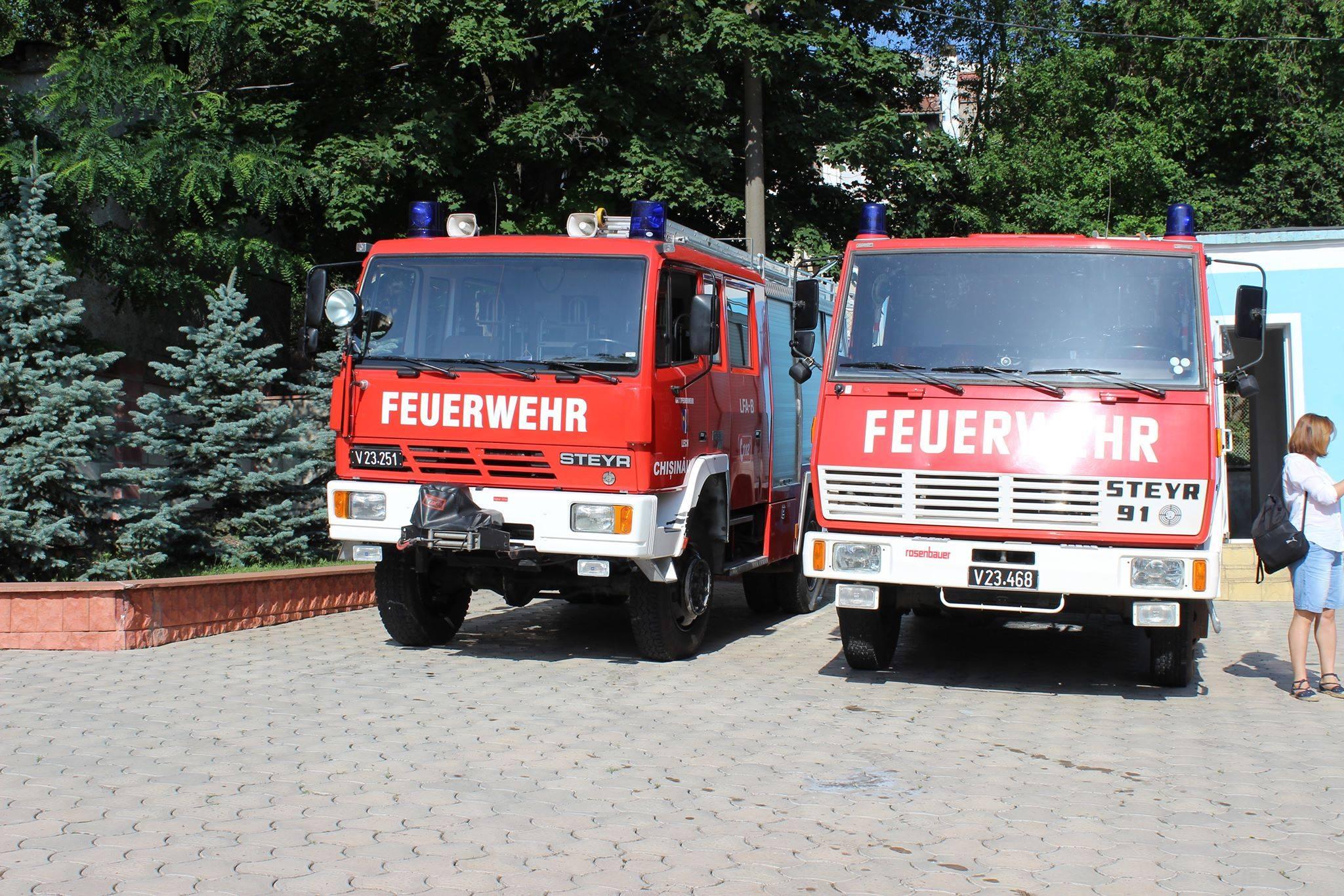 Inspectoratul pentru Situații de Urgență din Moldova a primit cinci autospeciale de intervenţie cu module diferite