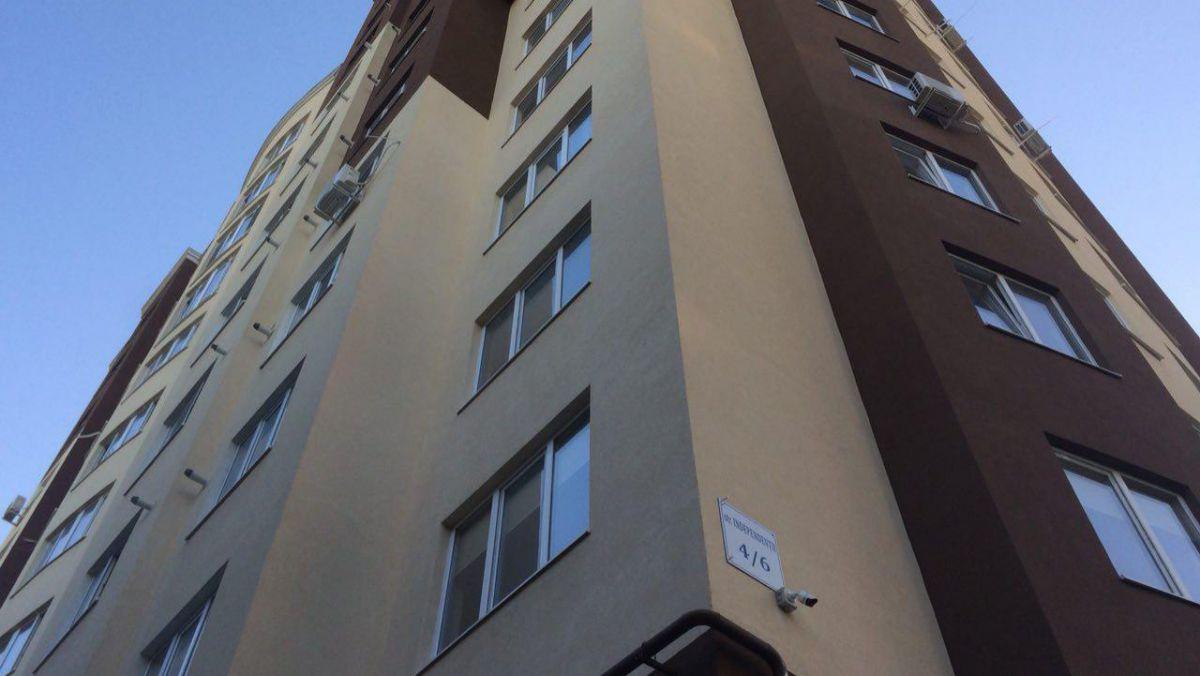 S-a născut în cămașă: O moldoveancă a căzut de la etajul 23 și a rămas în viață