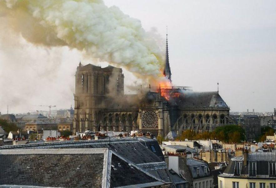 Doar 9% dintre promisiunile de donaţii pentru Catedrala Notre-Dame au fost realizate