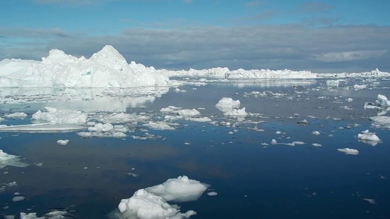 Fenomen alarmant: aproximativ 40% din ghețarii Groenlanda s-au topit
