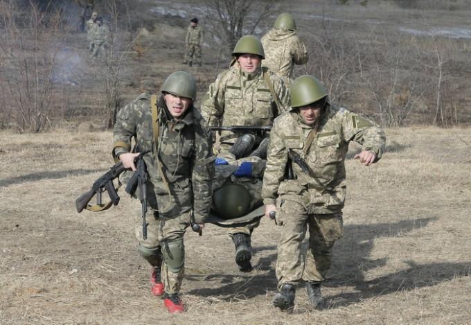 Alți trei ostași ucrainei au fost uciși în Donbas