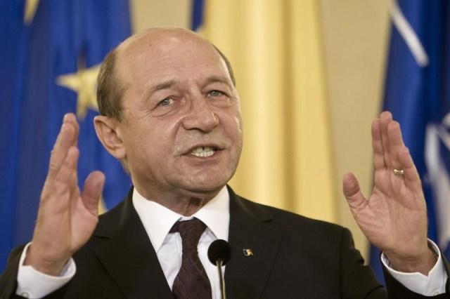 Băsescu: Jocul s-a făcut în favoarea lui Plahotniuc. E lovitură de stat mascată
