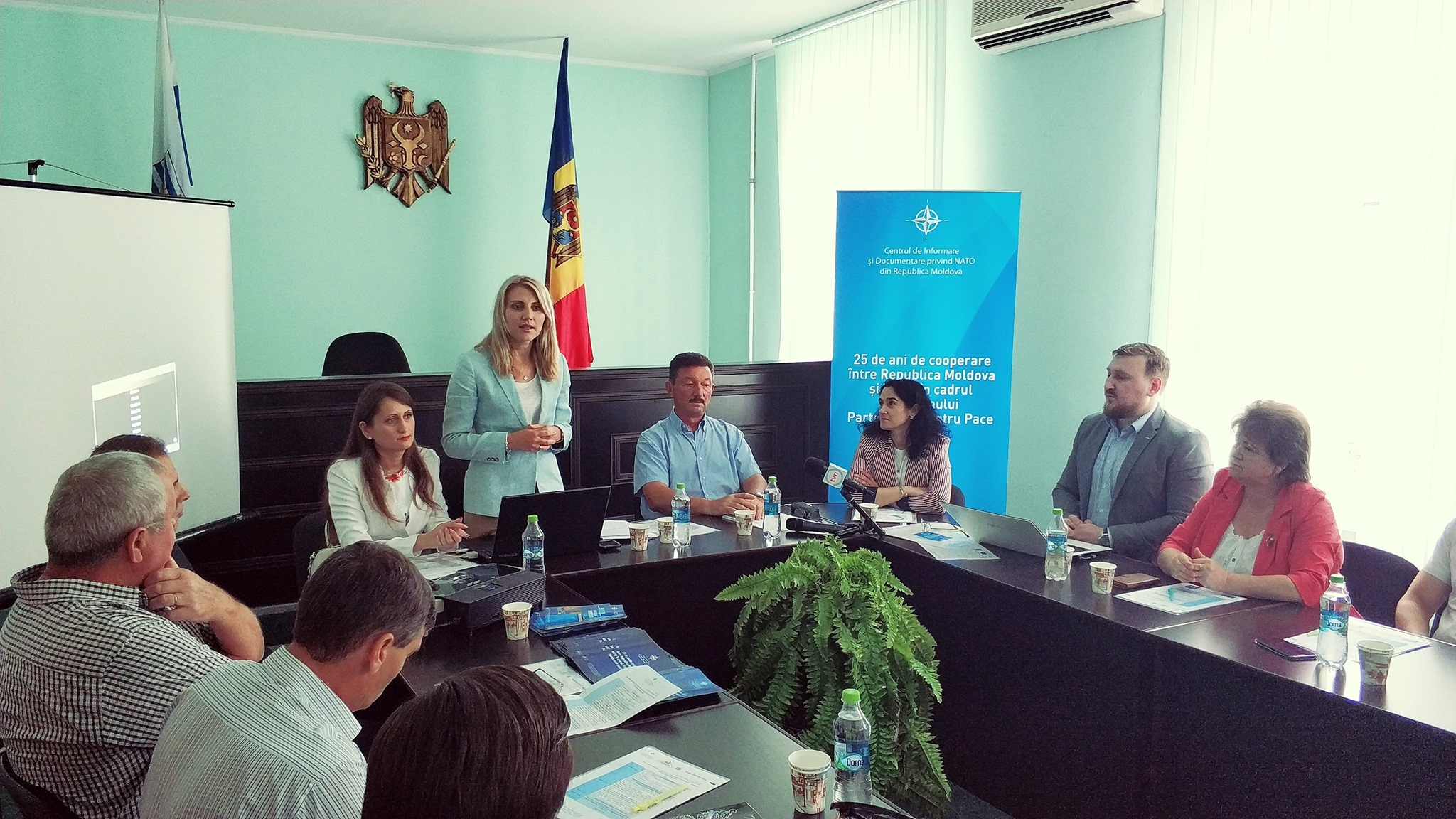 VIDEO | Masă rotundă organizată la Bălți cu ocazia a 25 de ani de cooperare între Republica Moldova și NATO
