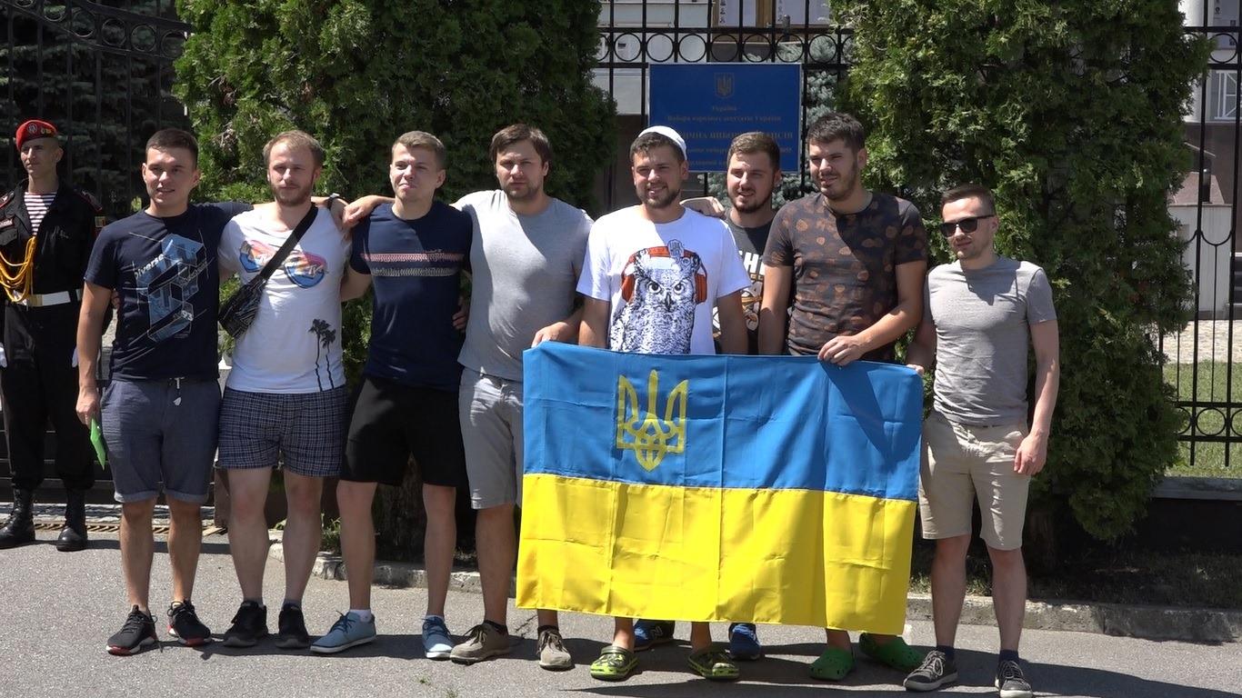 Doar 309 dintre cei peste 63 de mii de alegători cu cetățenie ucraineană din R. Molodva înscriși în liste s-au prezentat la urnele de vot