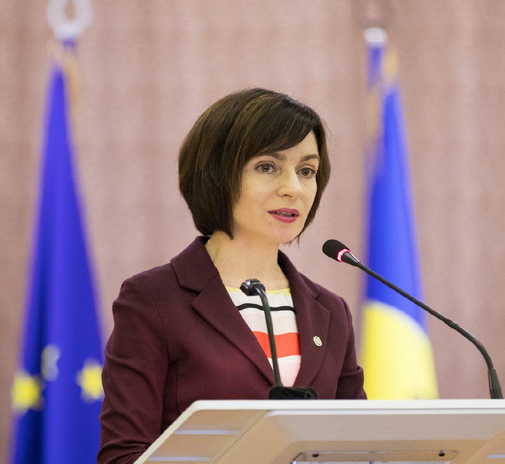 Guvernul condus de Maia Sandu, demis prin moțiune de cenzură