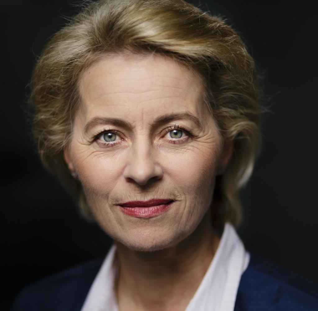 Ursula von der Leyen a fost aleasă în fruntea Comisiei Europene