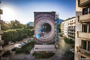 "Pictura realizată la Festivalul ""Grenoble Street Art Fest"" din Franța"