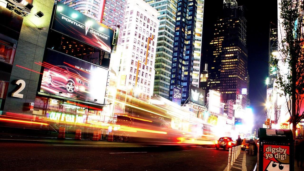 SUA: O pană de curent de proporţii a lăsat în întuneric vestul Manhattanului, inclusiv Times Square