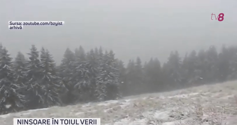 VIDEO | Ninsoare în toiul verii. A nins în județul Mureș, România, la înălțimea de 2.300 de metri