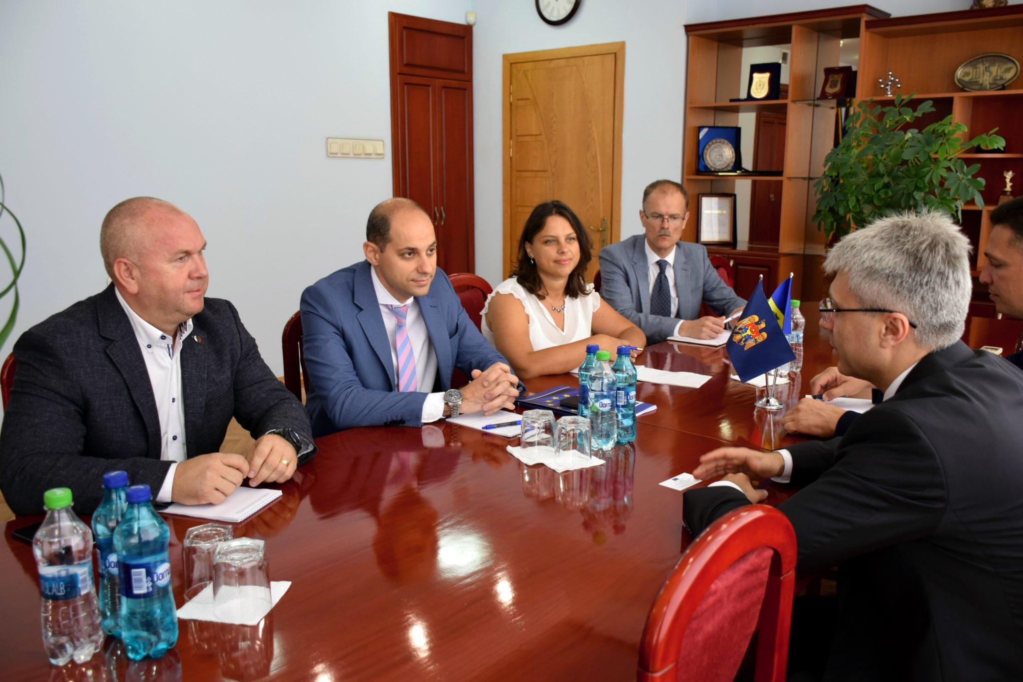 Ruslan Flocea către experţii delegaţiei UE: Pentru a lupta cu corupţia la nivel înalt este necesară revizuirea competenţelor CNA