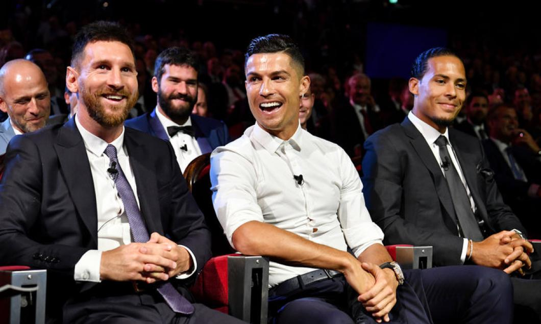VIDEO | Momentul în care Cristiano Ronaldo a făcut să râdă o sală întreagă. Ce a spus despre Leo Messi, aflat lângă el