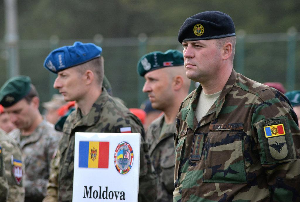 """Infanteriştii de la Bălţi se instruiesc la exercițiul multinațional """"Rapid Trident 2019"""" din Ucraina"""