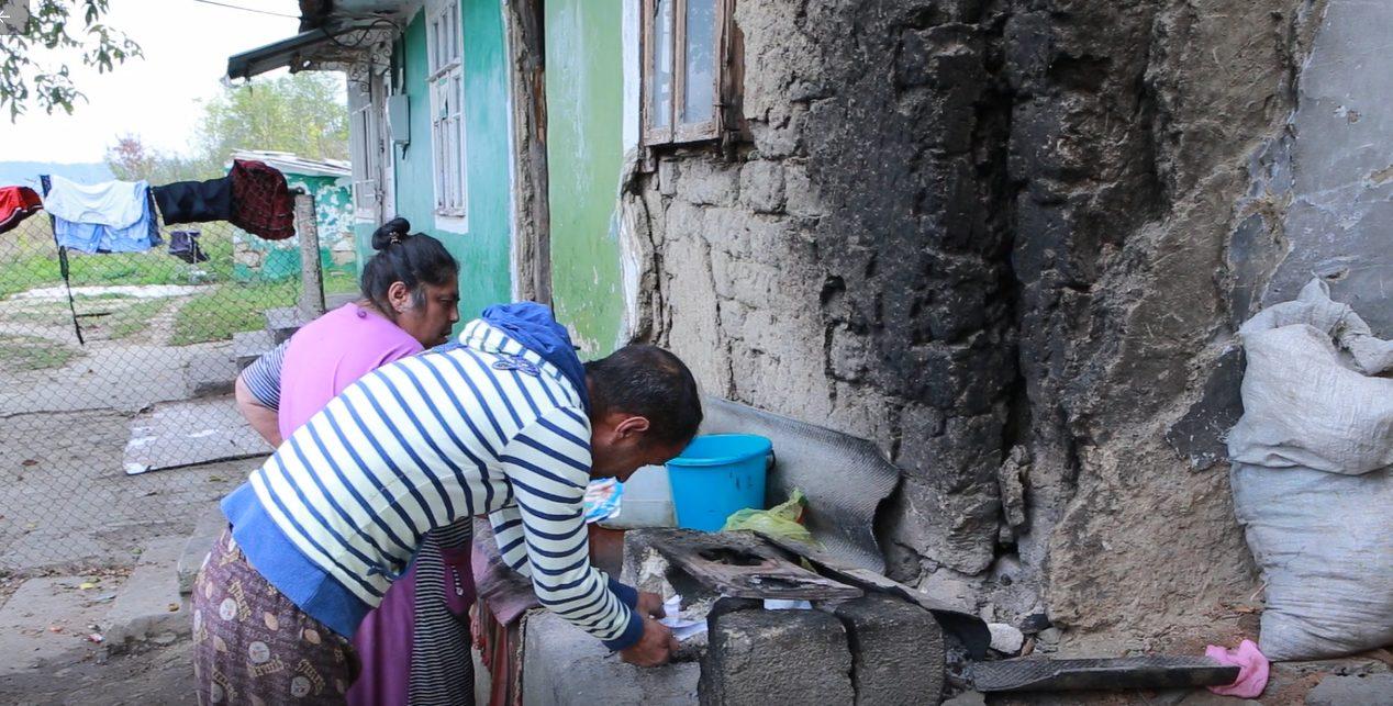 Țiganii din Otaci: între lux și sărăcie
