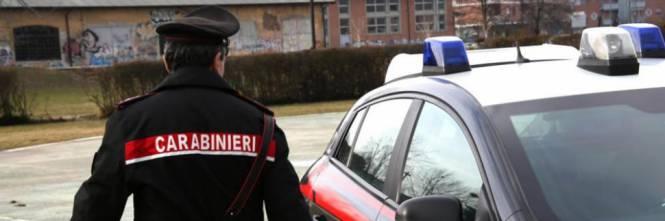 Moldoveancă înjunghiată de fostul iubit albanez și salvată de un câine, în Italia