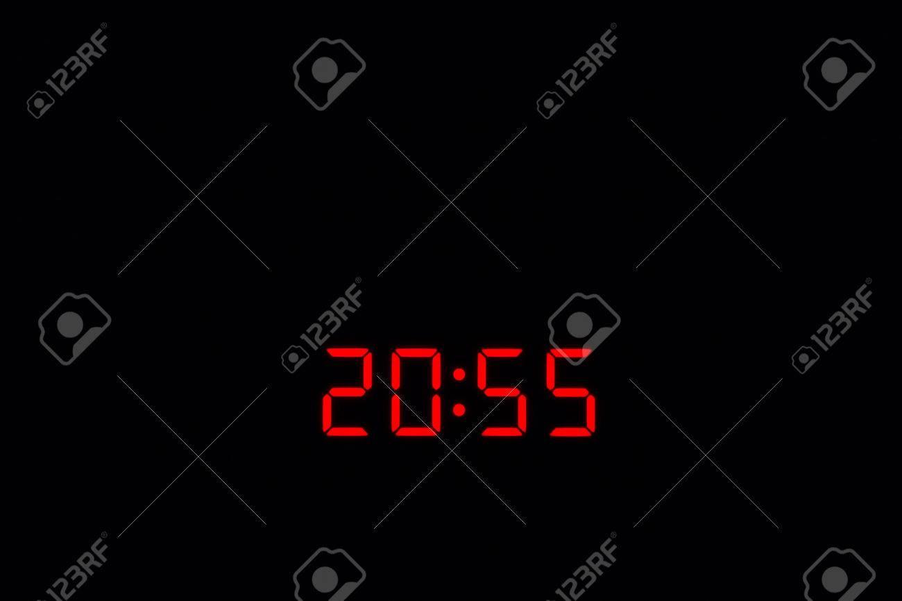 Осталось 5 минут до закрытия избирательных участков в стране