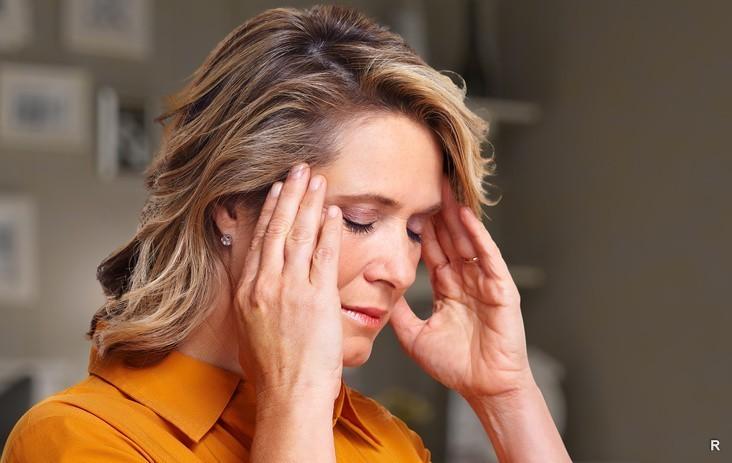 (Бес)полезные советы // Как снять головную боль без лекарств