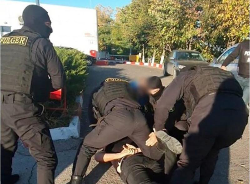VIDEO | Reținere cu mascați la Soroca