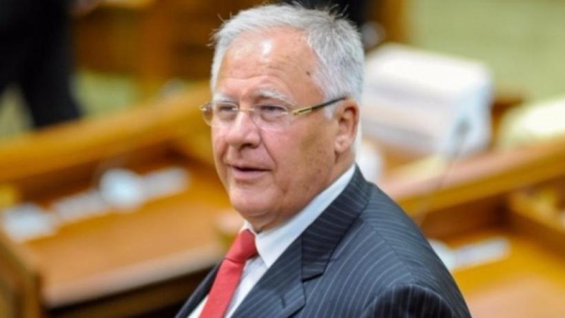 Dumitru Diacov se retrage din funcția de președinte al fracțiunii PDM din Parlament