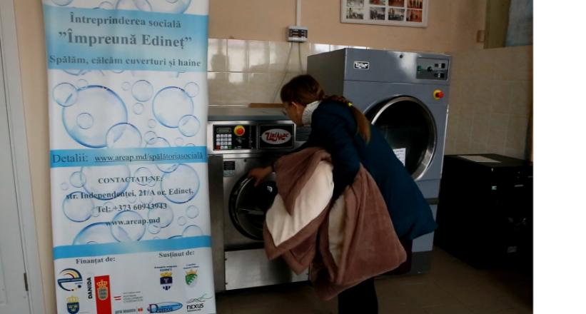 VIDEO | Angajatele spălătoriei sociale din Edineț au demonstrat că dizabilitățile nu sunt o barieră