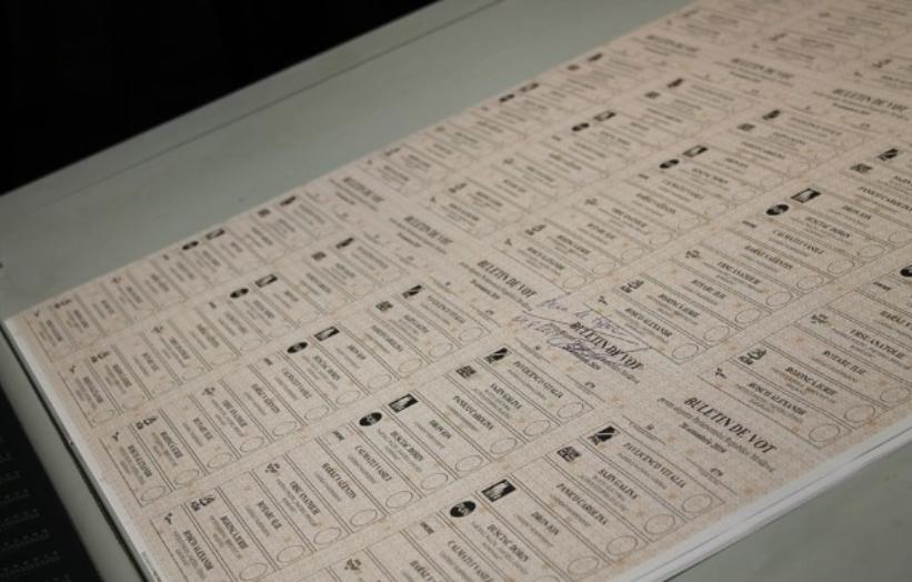 Tipărirea buletinelor de vot a început