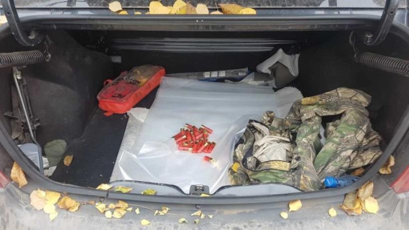 Cartușe de vânătoare și substanțe psihotrope despistate la punctele de trecere Briceni și Otaci