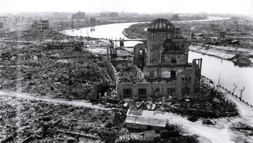 Papa Francisc va vizita Hiroshima şi Nagasaki pentru a lansa un mesaj împotriva armelor nucleare