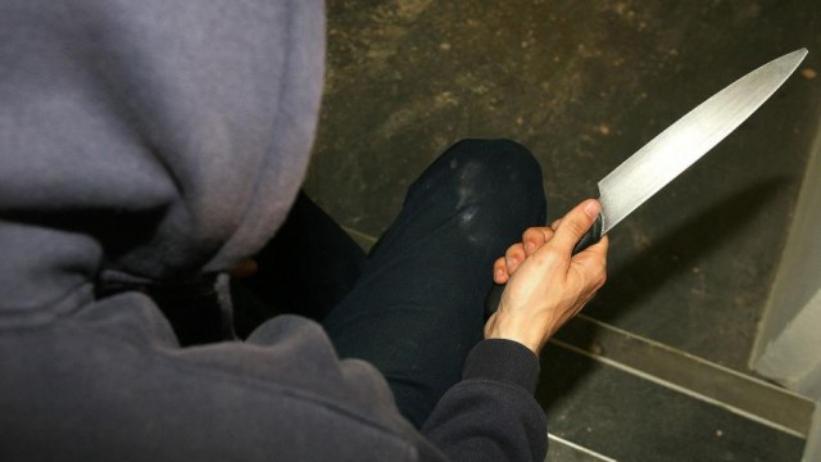 Noapte de coșmar pentru o familie din raionul Fălești. Oamenii au fost jefuiți de un hoț înarmat
