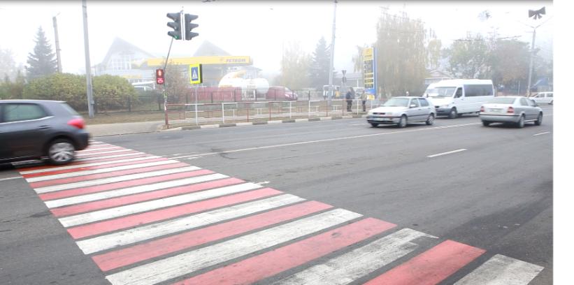 Adolescentă de 13 ani, lovită de un automobil la Bălți