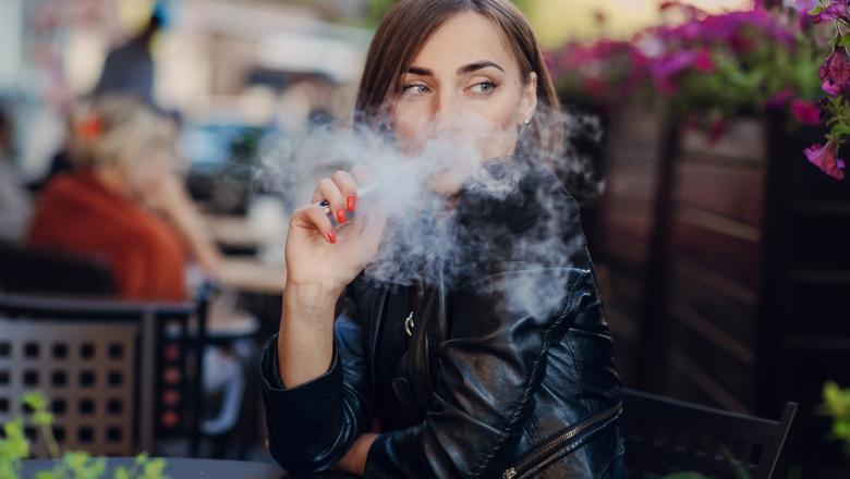 Numărul deceselor cauzate de folosirea țigării electronice a crescut cu 18 în SUA