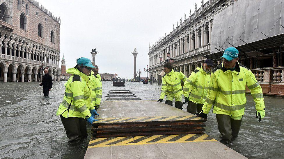 FOTO | В Венеции – новый подъем уровня воды, ее уровеньдостиг 154сантиметров
