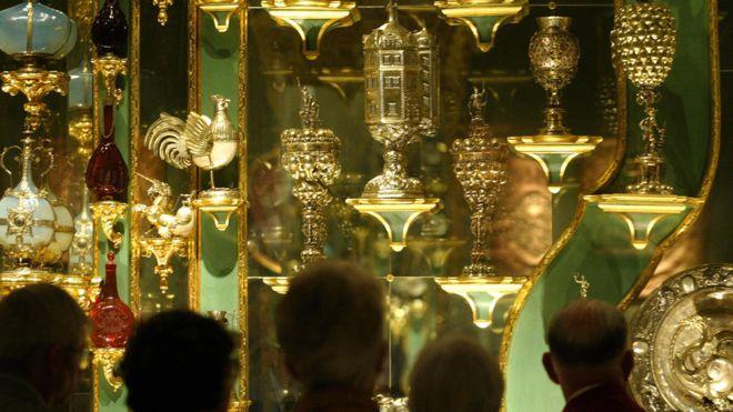 Ограблена сокровищница Дрездена: воры могли украсть бриллиантов на миллиард евро