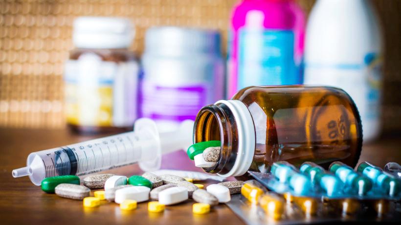 Производители снижали цены на лекарства, а в аптеках они стоили как раньше