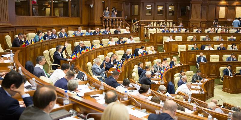 LIVE | La Parlament se dezbate moțiunea de cenzură împotriva Guvernului Sandu