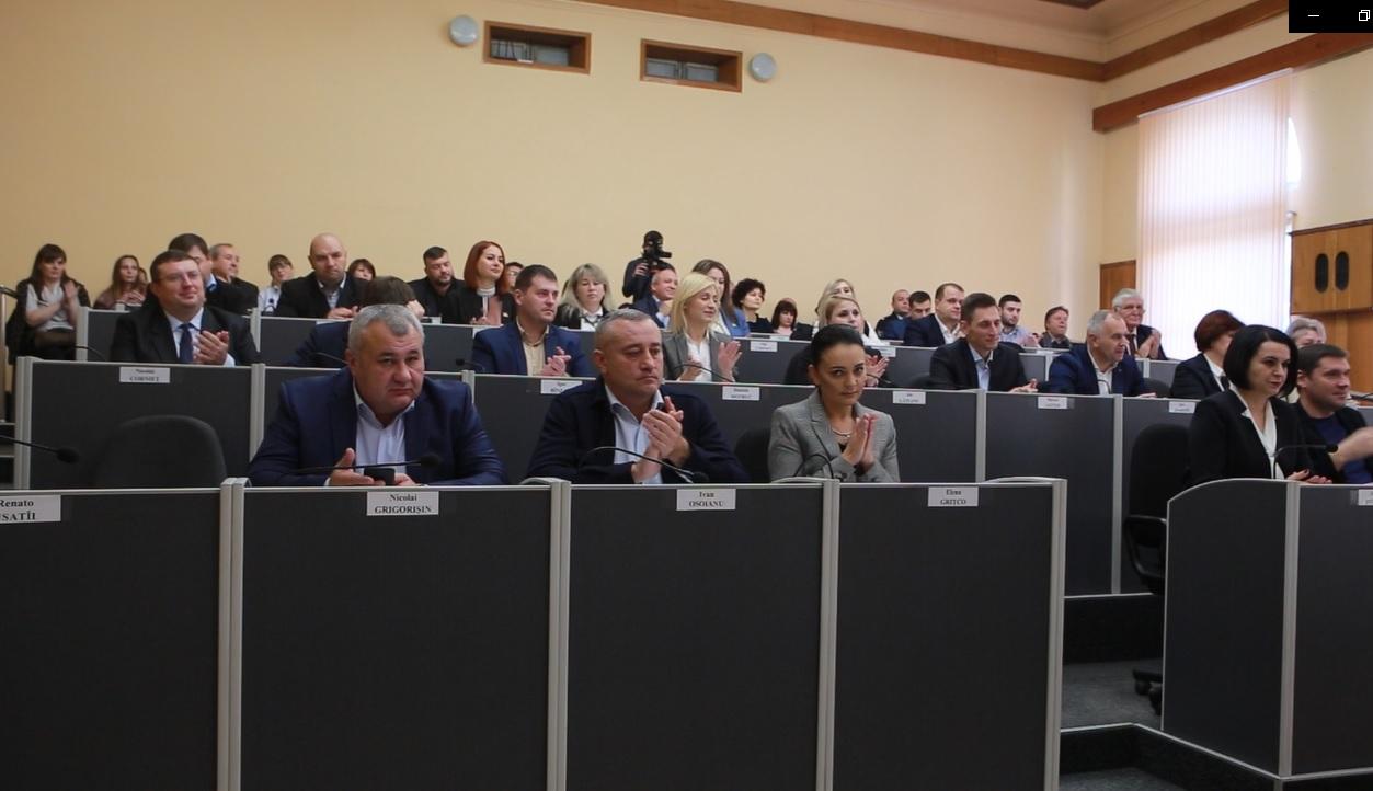 VIDEO | Ce au făcut consilierii municipali din Bălți în prima zi de lucru
