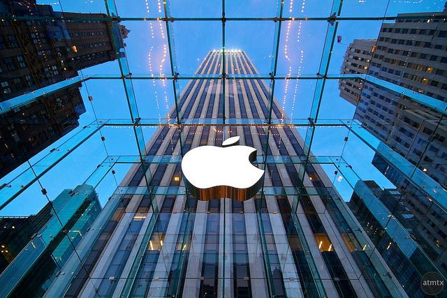 În Rusia, compania Apple prezintă Crimeea drept regiune a Rusiei